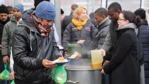 Secours Populaire Français Auberge des migrants